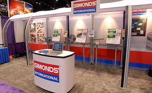 in_column_skyline-simonds-exhibit-inline-modular-tradefair